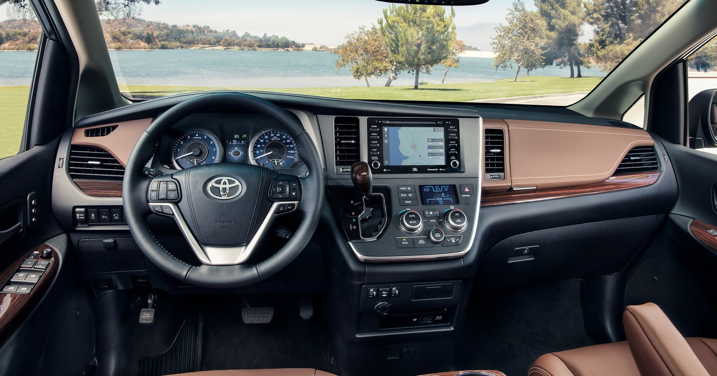 Your Guide to the Toyota Entune 3 0 Infotainment System